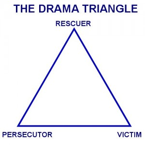 DRAMTRIANGLE-1-300x300